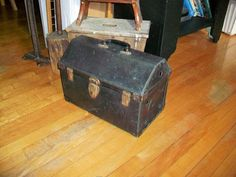 Hey, I found this really awesome Etsy listing at https://www.etsy.com/ca/listing/226877375/vintage-pet-carrier