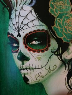 Jamie Warmanberg posted Halloween Day of the Dead Dia de los Muertos skull makeup face paint rose pink grey to his -make up tips- postboard via the Juxtapost bookmarklet. Sugar Skull Make Up, Sugar Skulls, Candy Skulls, Maquillaje Sugar Skull, Day Of Dead Makeup, Sylvia Ji, Day Of The Dead Art, Mexican Skulls, Tatoo