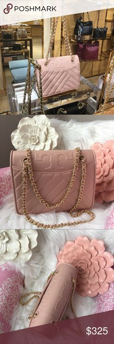a2bffc19f359 Shop Women s Tory Burch Pink size OS Shoulder Bags at a discounted price at  Poshmark.