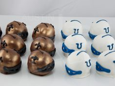 not a Saints or Colts fan, but I LOVE these superbowl 44 inspired cake balls. (random note: go EAGLES)
