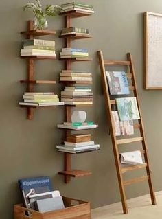 32 Popular Simple Bookshelf Ideas Best For Living Room Decor - The first thing you should do when you are on a tight budget and are looking for bookshelves is to hit garage sales, flea markets and thrift stores. Diy Bookshelf Design, Diy Bookshelf Wall, Simple Bookshelf, Cool Bookshelves, Wall Shelves, Bookcase, Bookshelf Ideas, Shelving Ideas, Book Shelves