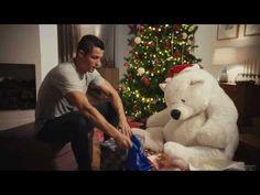 Η θεϊκιά χριστουγεννιάτικη διαφήμιση του Ρονάλντο (vid) > http://arenafm.gr/?p=261132