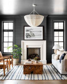 Southern Home Interior Bold & Coastal Living Room - Studio McGee.Southern Home Interior Bold & Coastal Living Room - Studio McGee Design Room, Design Hall, Home Design, Family Room Design, Salon Design, Design Design, Design Ideas, Design Trends, Studio Mcgee