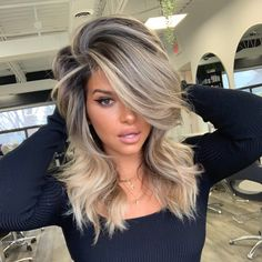 Mom Hairstyles, Pretty Hairstyles, Medium Blonde Hairstyles, African Hairstyles, Wedding Hairstyles, Blonde Hair Looks, Brown Blonde Hair, Medium Hair Styles, Long Hair Styles