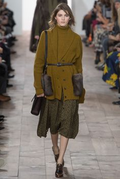 Michael Kors - Fall 2015 Ready-to-Wear - Look 17 of 57