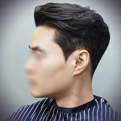 이미지: 사람 1명, 근접 촬영 Trendy Mens Haircuts, Asian Men Hairstyle, Long Sides, Hair Designs, Cool Hairstyles, Short Hair Styles, Hair Cuts, Hair Beauty, Mens Fashion