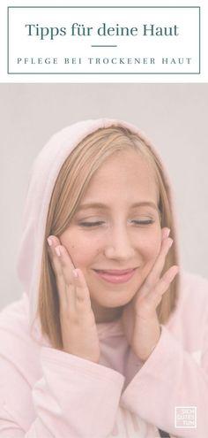 Von einer empfindlichen Haut ist immer dann die Rede, wenn sie rasch zu Irritationen neigt. Das ist nicht immer leicht abzugrenzen von einer trockenen Haut. Was du bei der Pflege deiner zur Trockenheit neigenden Haut beachten solltest, erfährst du von mir. Hautpflege von innen | natürliche Hautpflege | sanfte Gesichtsreinigung | schuppige Haut Gesicht | schuppige Haut  | schuppige Haut im Gesicht | | trockene Sensible Haut  | Naturkosmetik | Hautirritationen Gesicht #sichgutestun Yoga Pilates, Sport Fitness, Engagement Rings, Motivation, Fashion, Pregnancy Health, Oily Skin, Organic Skin Care, Sensitive Skin