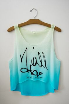 Baby you light up Crop Top from Fresh-Tops. Saved to clothes for muah. One Direction Shirts, One Direction Outfits, Green Crop Top, Green Shirt, Casual Outfits, Cute Outfits, Classy Outfits, Fresh Tops, Crop Tops