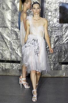 Rodarte Spring 2008 Ready-to-Wear Collection Slideshow on Style.com