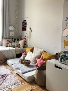 Children's room for a 2 year old – colorful, chin-friendly and incredibly stylish! - Home Decor College Bedroom Decor, Diy Zimmer, Kids Room Design, Little Girl Rooms, Kid Spaces, Girls Bedroom, Kid Bedrooms, Bedroom Ideas, Room Inspiration