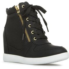 Look street style cool this summer in Elisa. Wedge sneakers are a must-have and this stunner takes the trend up a notch with its perforated details and zipper accents. High Heel Sneakers, Sneaker Heels, Shoes Heels Wedges, Womens Wedge Sneakers, Fancy Shoes, Pretty Shoes, Cute Shoes, Fashion Boots, Sneakers Fashion