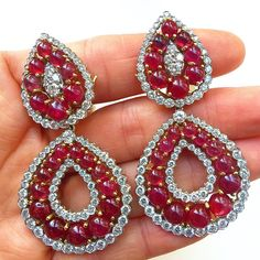 Of course they're David Webb, of course they're Burmese rubies, of course they're one-of-a-kind...I'm no dummy  #davidwebb #burmese #ruby #diamond #earrings #dayintonight #detachable #vintage #vintagejewelry #style #design #forsale #RobinKatzVintageJewels