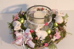 Oster Dekor, Centerpieces, Table Decorations, Zinnias, Flower Arrangements, Vines, Easter, Ornaments, Etsy