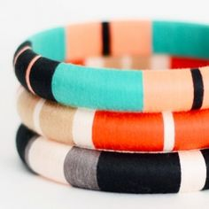 Jennifer Elizabeth plays with colour blocks and neon colours on her bangles! perfect to match with a summer day!