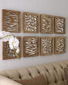 Animal Pattern Mirrored Panels ~ diy inspiration using cut cardboard, foam core or mdf over mirrored tiles. So I hate animal print, but the decorating idea. Blank Wall Solutions, Spiegel Design, Designer Spiegel, Diy Casa, Mirror Panels, Wall Mirror, Mirror Bathroom, Diy Mirror, Framed Wall