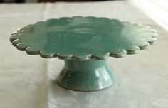 Clay cakestand