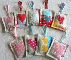 good for keyrings, purses and lavender bags Lavender Crafts, Lavender Bags, Lavender Sachets, Scrap Fabric Projects, Fabric Scraps, Sewing Projects, Craft Projects, Hobbies And Crafts, Diy And Crafts