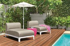 Designed for outdoor living, the Crescent chaise features a fully upholstered seat and back made with antimicrobial outdoor foam and trusted Sunbrella® fabric.