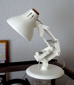 A recreation of the snap together Luxo Jr lamp scaled up to be the maximum size possible on a 200mm x 200mm print bed.