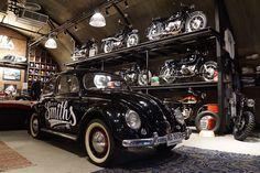 Garage, Will Smith, Bugatti, Great Places, Antique Cars, Urban, Club, Park, Antiques