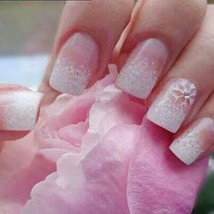 Christmas nails, also can be a winter wedding nails. White sparkly ombre nail with a white snowflake