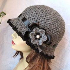 Womens Hat Charcoal Gray Crochet Cloche Black by JadeExpressions-ETSY Crochet Adult Hat, Bonnet Crochet, Crochet Cap, Crochet Beanie, Crochet Scarves, Knitted Hats, Crochet Flower, Yarn Projects, Crochet Projects