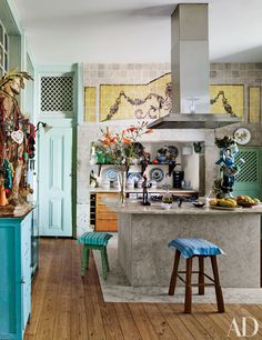 19 Kitchens with Colorful Accents Photos | Architectural Digest