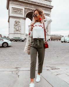 Travel attire which get plenty of fashionable and conventional are more difficult to come across. Paris Outfits, Neue Outfits, Style Outfits, Casual Fall Outfits, Classy Outfits, Summer Outfits, Fashion Outfits, Fashion Clothes, Trendy Outfits