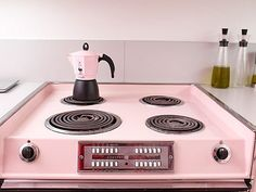 hey marianne....did you have this stove in your first house in deer park??? maybe different color..