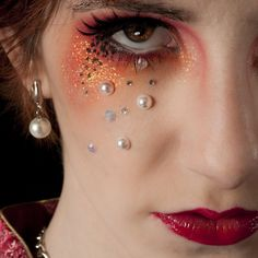 inMagine Photography  creative makeup with rhinestones & pearls