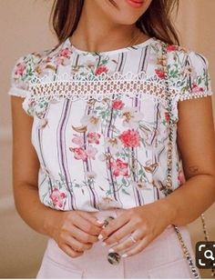Cream Tees, White Tank, Cute Tops, Refashion, Flare Jeans, Spring Fashion, Floral Tops, Ruffle Blouse, My Style