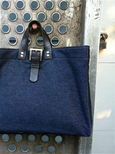 Love the handles! Bags boho style. Ideas for inspiration. Part 5. Jeans
