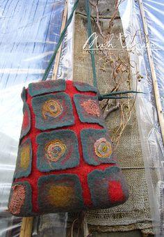 """Купить Валяная сумка """" Мои Корни """" - тёмно-зелёный, абстрактный, валяная сумка"""