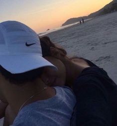 Fashion Photography Couple Night 32 New Ideas - Top-Trends Cute Couples Photos, Cute Couples Goals, Cute Couple Pictures, Couple Goals, Couple Photos, Romantic Couples, Relationship Goals Pictures, Cute Relationships, Boyfriend Goals