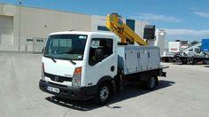 Camion/furg�n Nissan Cabstar 35.11 de 3 plazas, motor E4, e.e., c/plataforma…