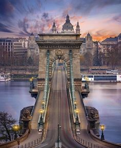 Premium Budapest River Cruise and fine dining on the Danube? Why settle for less when you can opt for the most popular Budapest Dinner Cruises? Places Around The World, Oh The Places You'll Go, Places To Travel, Places To Visit, Around The Worlds, Travel Destinations, Voyage En Camping-car, Bósnia E Herzegovina, Budapest Travel