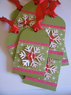 Handmade Snowflake Christmas Gift Tags by Heathergue on Etsy, Handmade Gift Tags, Handmade Christmas Gifts, Christmas Tag, Creative Gift Wrapping, Wrapping Ideas, Holiday Gift Tags, Xmas Crafts, Paper Crafts, Card Tags