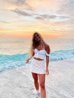Preppy Outfits, Cute Summer Outfits, Cute Casual Outfits, Outfits For Teens, Cute Vacation Outfits, Florida Outfits, Cute Poses For Pictures, Aesthetic Clothes, Teen Fashion