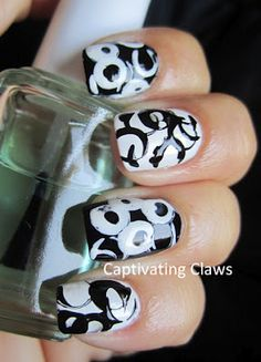 Captivating Claws: Black and White Circles