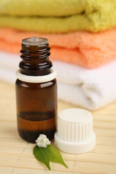 7 Amazing Uses of Tea Tree Oil