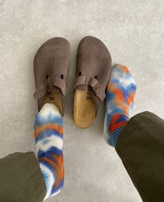 Paris Fashion, Fashion Shoes, Mens Fashion, Fashion Outfits, Fashion Ideas, Swag Shoes, Shoes Heels Boots, Birkenstock Outfit, Things I Need To Buy