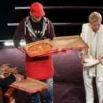 Oscars Pizza Delivery Guy Finally Gets His Tip from Ellen [VIDEO]  #SoJo #Oscars #Pizza #News