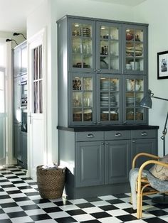 Do You Have What It Takes Paint Your Cabinets A Bold, New Color? Find Out ➤ http://CARLAASTON.com/designed/it-takes-guts-to-paint-color-cabinets