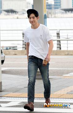 Lee Je Hoon Asian Actors, Korean Actors, Korean Celebrities, Celebs, Tomorrow With You, Lee Je Hoon, Kdrama Actors, Korean Drama, Actors & Actresses