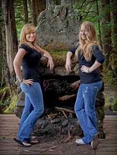Women sisters twins portrait photography