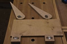 Universelle Bankhaken wood working plans wood working plans working plans working plans diy projects working plans free working plans furniture working plans how to make working plans pattern working plans popular woodworking working plans workshop Woodworking Skills, Woodworking Workbench, Woodworking Workshop, Woodworking Projects, Workbench Ideas, Wood Jig, Homemade Tools, Wood Tools, Wood Working For Beginners