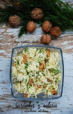 Gallery Taste: Celery salad with walnuts Raw Food Recipes, Salad Recipes, Cooking Recipes, Healthy Recipes, Vegetarian Options, Vegetarian Recipes, Chicken Egg Salad, I Love Food, Good Food