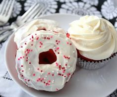 Red Velvet Donuts and Cupcakes (Low Carb and Gluten Free) | All Day I Dream About Food