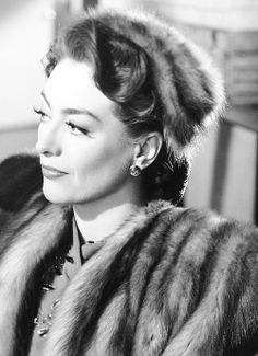 Joan Crawford, 'Mildred Pierce' 1945  - After her cheating husband leaves her, Mildred Pierce proves she can become independent and successful, but cannot seem to win the approval of her spoiled daughter.
