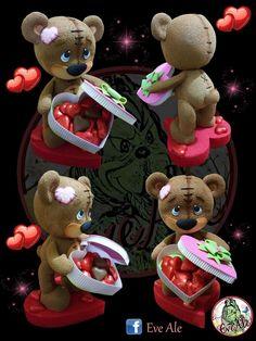 Cute Polymer Clay, Cute Clay, Polymer Clay Crafts, Valentines Day Cakes, Valentine Crafts, Valentines Day Gifts For Him Boyfriends, Fabric Ornaments, Pasta Flexible, Clay Dolls